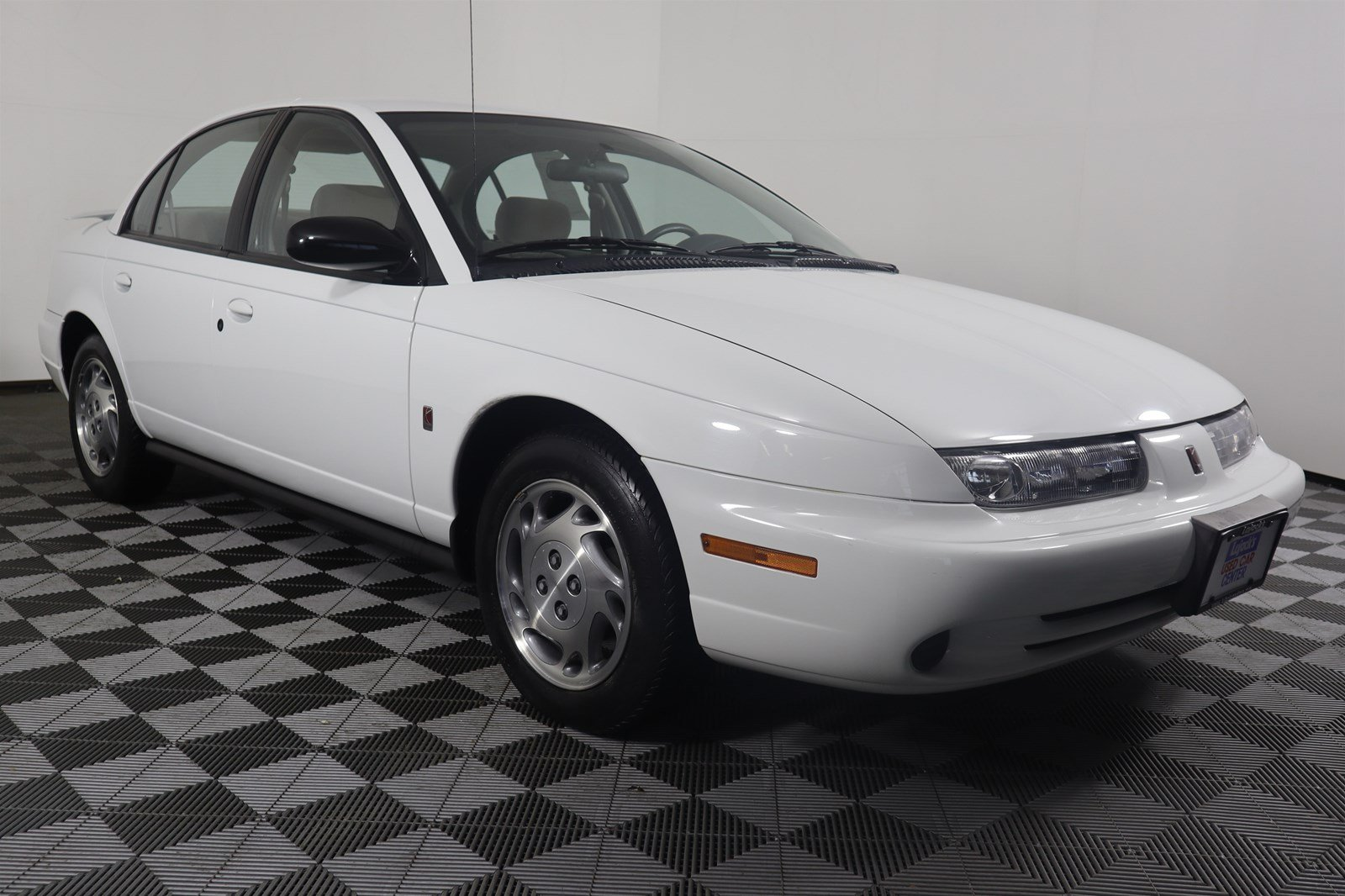 Pre-Owned 1996 Saturn SL Base