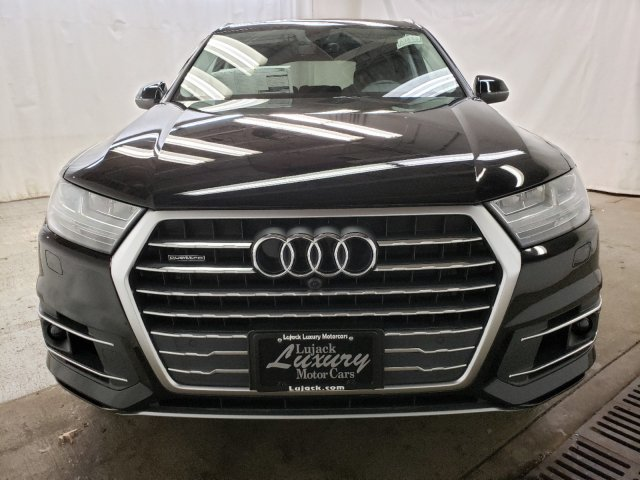 New 2019 Audi Q7 Premium Plus AWD