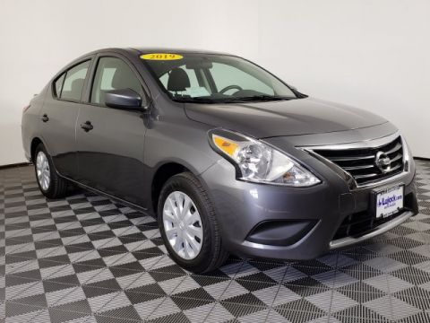 Pre-Owned 2019 Nissan Versa Sedan S Plus